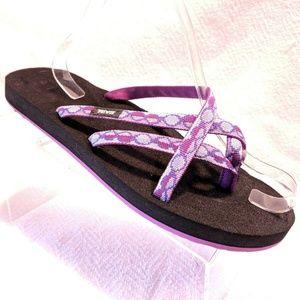 TEVA Olowahu Thongs Flip Flops Sandals Rubber 11